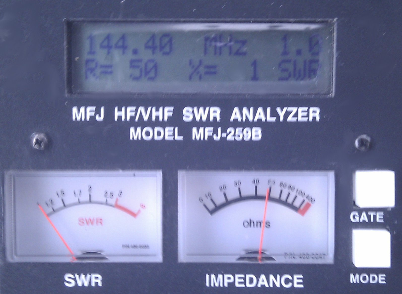 Good SWR and 50 ohm feed impedance